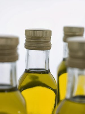 7 Fabulous Natural Oils For Natural Hair Growth