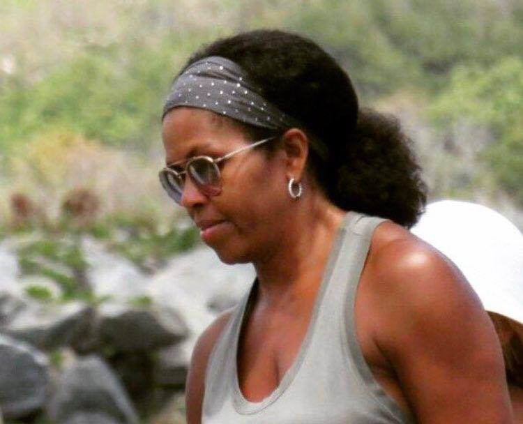 Michelle Obama Is Rocking Her Natural Hair And Black Twitter Is Loving It