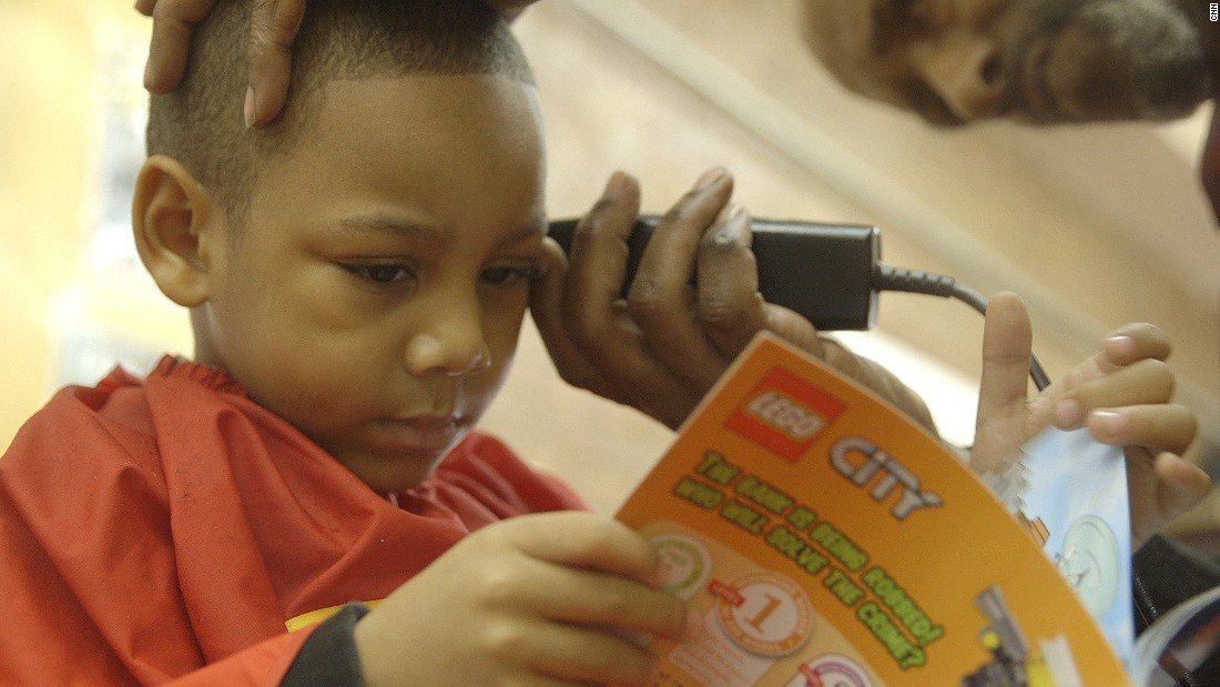 Barbershop Books Program Creates Child-Friendly Reading Spaces for Black Boys in Barbershops