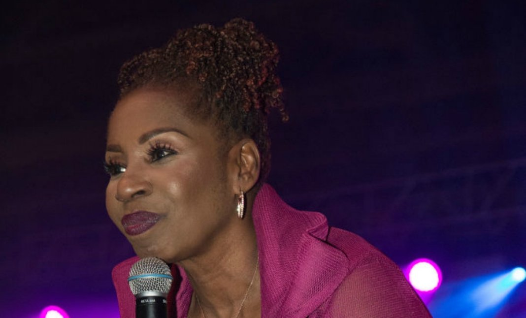 """""""Your Behavior Diminishes Your Message"""" Iyanla Scolds Tamar Before Exiting Braxton Family Values Finale"""
