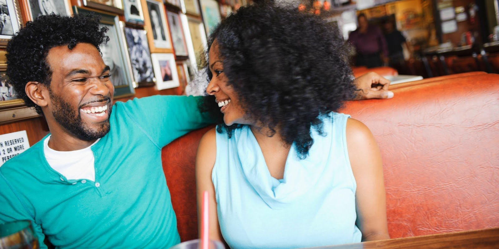 3 Ways to Maximize Your Visibility on the Dating Scene
