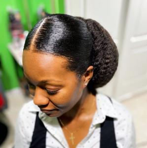 No-heat natural hair styles - low bun
