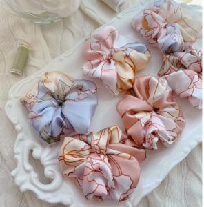 100% silk scrunchie RaieAtelier