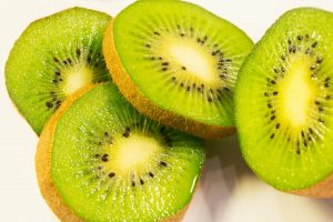 what foods have vitamin C kiwi